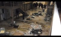 "[Must see] Prison riot turns into ""war zone"""