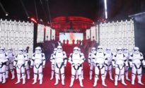 """Princes William and Harry join Stormtroopers on """"Last Jedi"""" red carpet"""