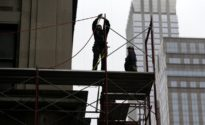 U.S. adds over 164,000 jobs, dropping unemployment rate 3.9 percent