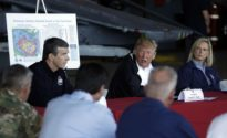 Trump hands out hugs and hot dogs to the Carolinas [pics]